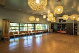 Colonnade Club Sole